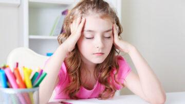 Ständig Kopfschmerzen: 4 Tipps für kleine Patienten